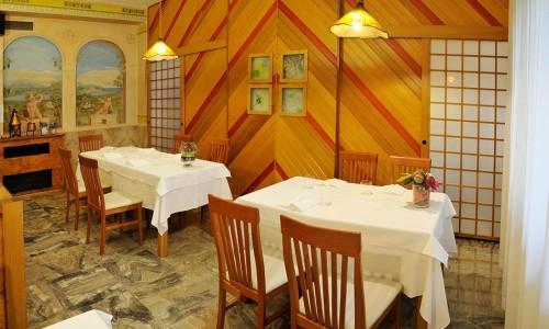 ristornate-locanda-aurilia-loreggia-sala-da-pranzo-1